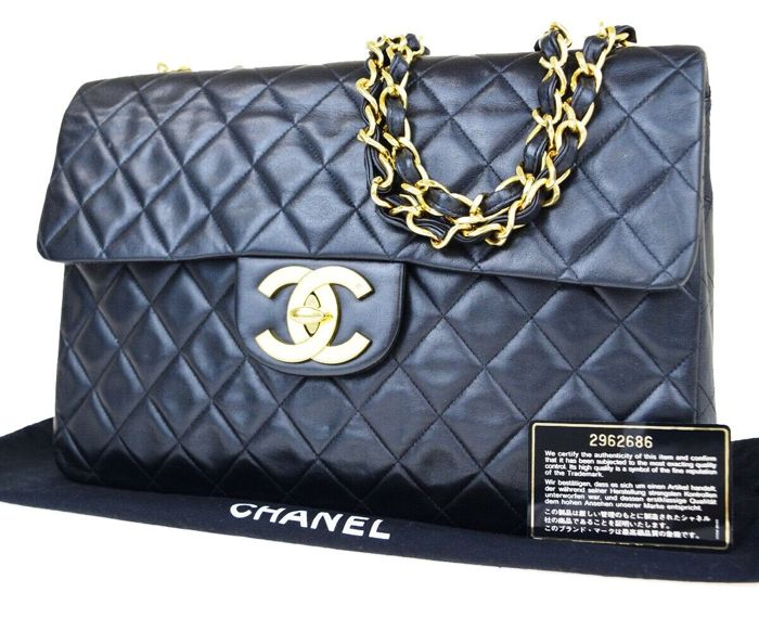 d724eec7ad28d Chanel - Matelasse Jumbo XL Shoulder bag - Catawiki