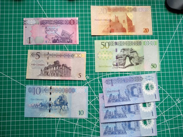 Libië - Collection of 8 current banknotes - including 20 and 50 dinars