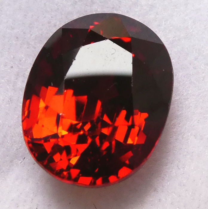 Spessartite Garnet - 5.39 ct