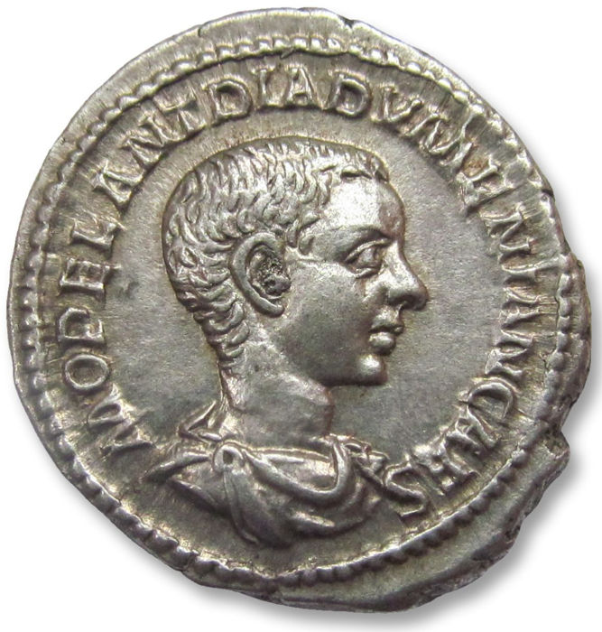 Römisches Reich - AR denarius Diadumenian / Diadumenianus as Caesar,  Rome 217-218 A.D. - in stunning condition - Silber