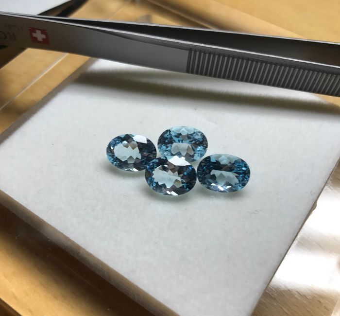 4 pcs Blue Topaz - 10.72 ct