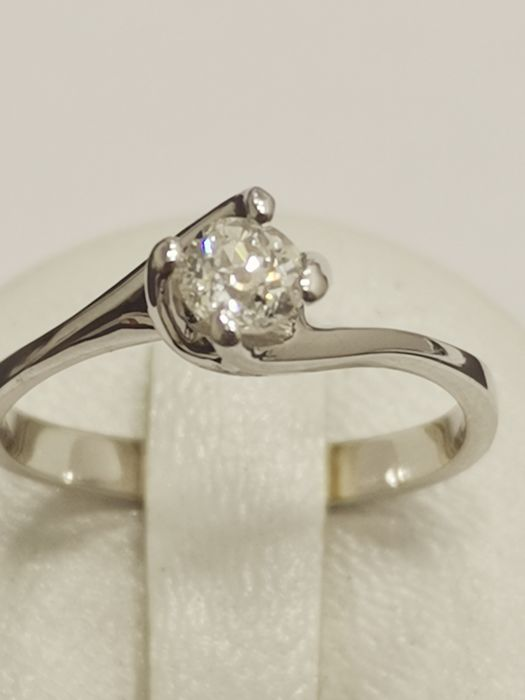 18 carats Or blanc - bague solitaire  - 0.33 ct Diamant