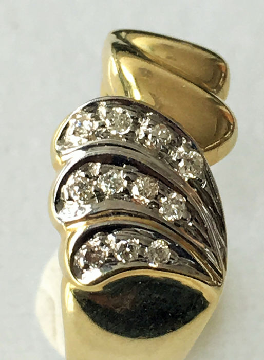 14 kt. Gold - Ring - 0.18 ct Diamond