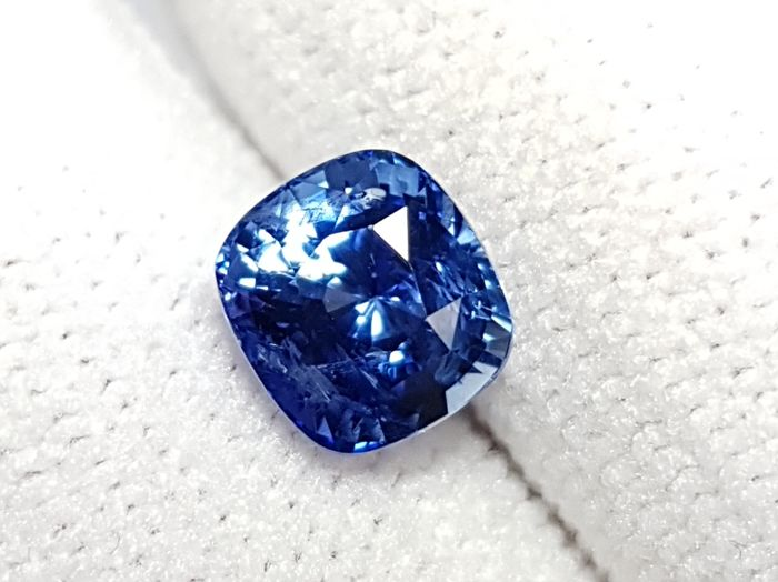 1 pcs  Safir - 2.03 ct