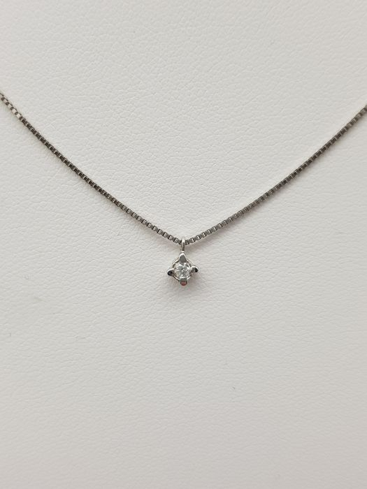 18 kt. White gold - Necklace, Necklace with pendant - 0.07 ct Diamond
