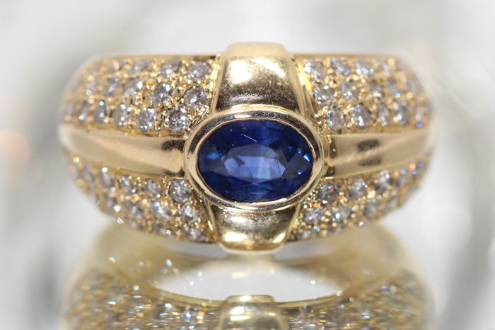 18 kt. Yellow gold - Ring Sapphire - Diamonds