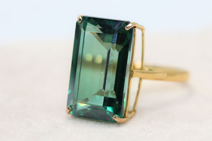 18 kt. Yellow gold - Ring - 12.00 ct Topaz
