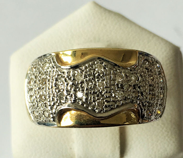 14 kt. Gold - Ring - 0.30 ct Diamond