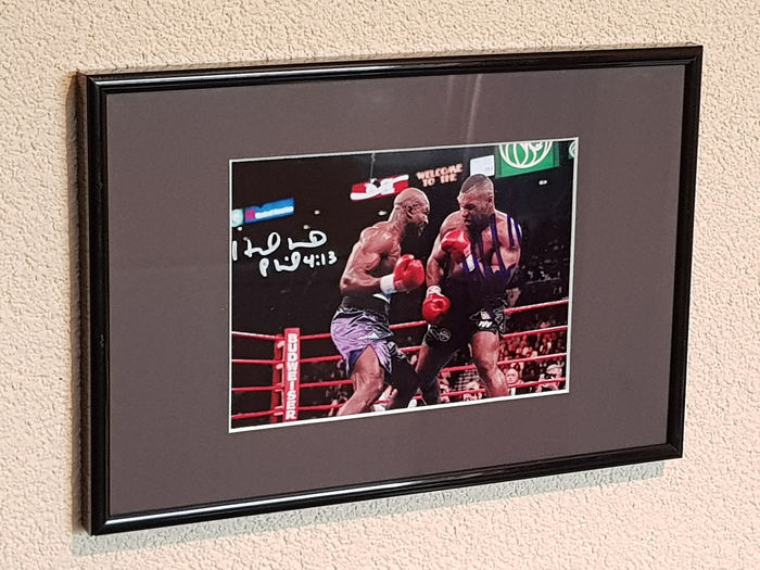 USA - Boxing - Mike Tyson and Evander Holyfield - Photograph