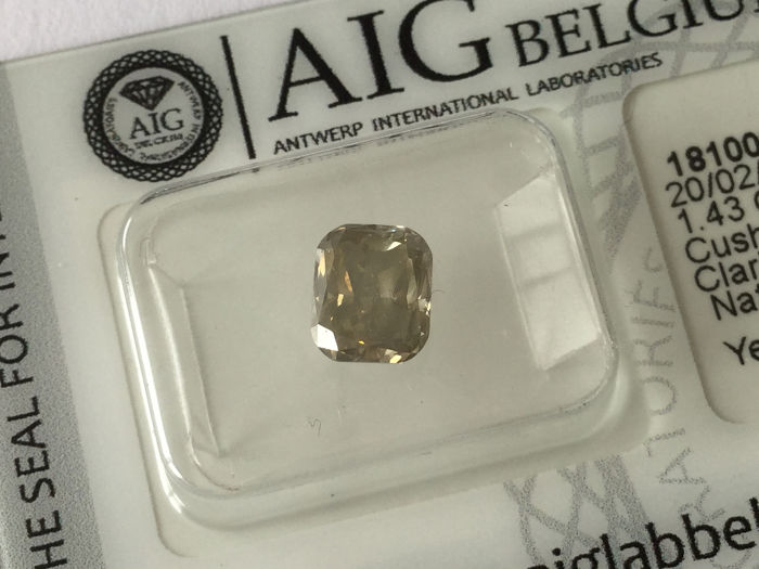 1 pcs Diamant - 1.43 ct - Kissen - fancy light yellowish brown - SI2