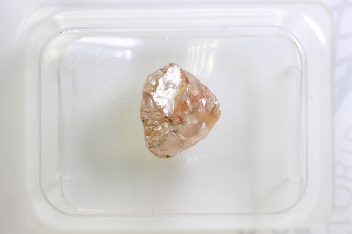 Diamond - 2.16 ct - Rough Diamond - * NO RESERVE PRICE *