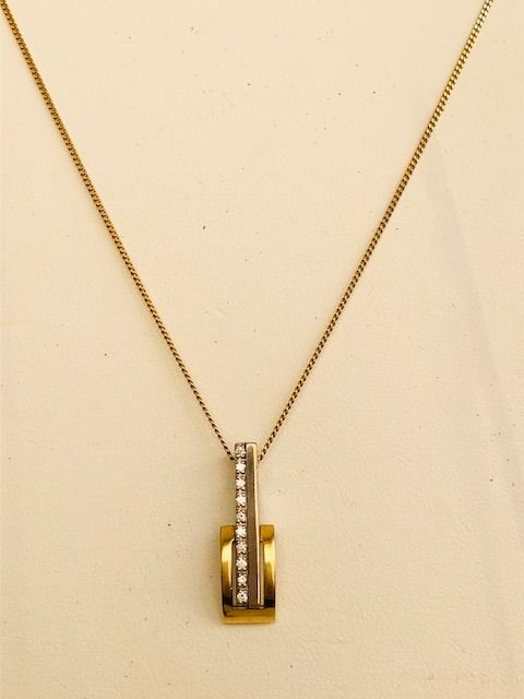 14 kt. Yellow gold - Necklace with pendant - 0.10 ct Diamond