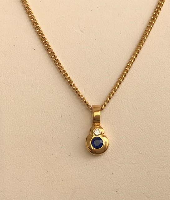 14 kt. Yellow gold - Necklace with pendant - 0.30 ct Sapphire