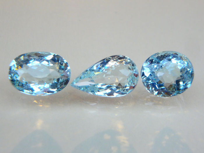 3 pcs Blue Aquamarine - 6.92 ct