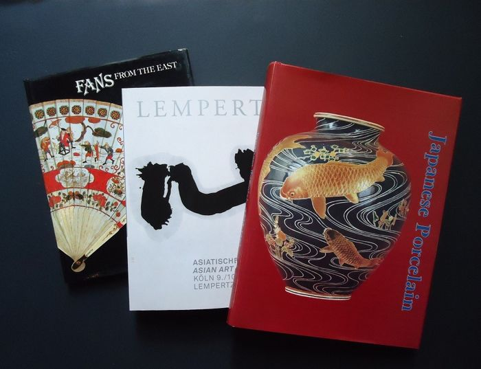 """""""Asian"""", two books and a catalog - Paper - Various countries - 1978-2011"""
