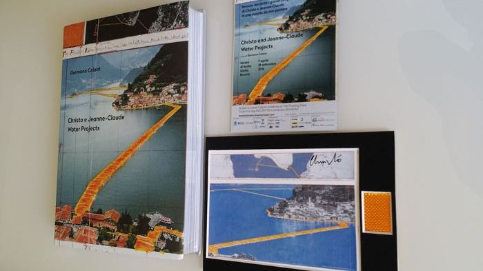 Christo and Jeanne Claude - Water Projects + 1 signed art cards and fabric - 2016