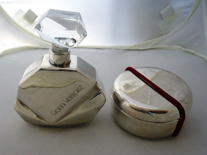 Gianni Versace perfume holder and Pomellato box (2) - Arg. 800 and Arg. 925