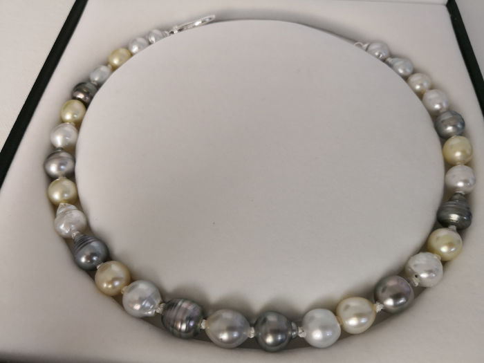 11-14 mm natural color and luster. No reserve, Tahitian pearls - Necklace