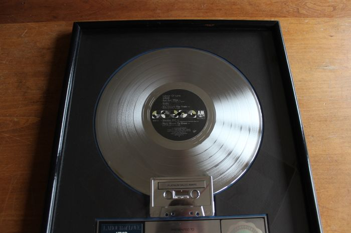 UB40 - Labour of Love - Official RIAA award - 1983/1983 - Catawiki