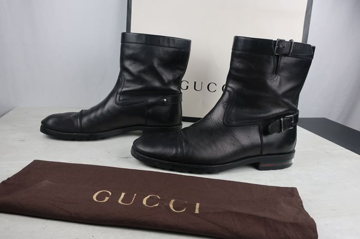 9c10a71e0a3 Gucci - Leather Biker Boots - Catawiki