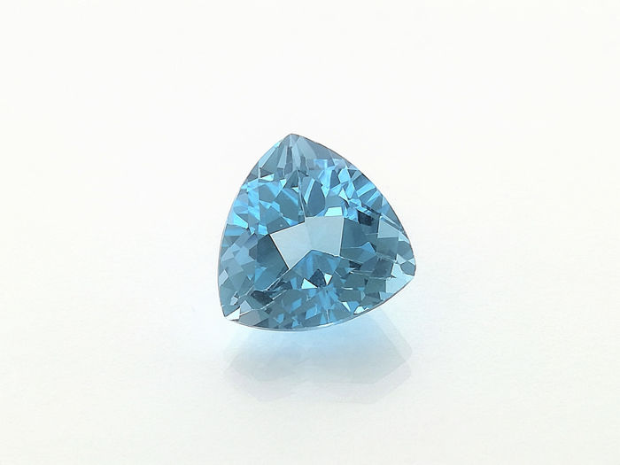 No Reserve Price Sky Blue Topaz - 9.72 ct