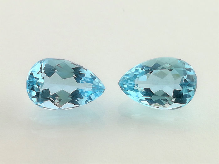 2 pcs  Aquamarine - 2.72 ct