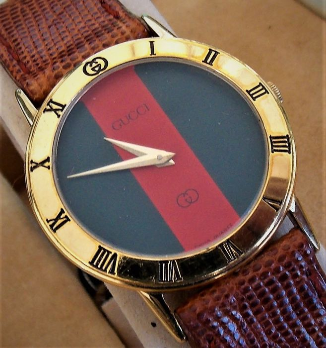 Gucci - 3100  green  & red dial  NOS - ¨NO RESERVE PRICE¨ - Unisexe - 1980-1989