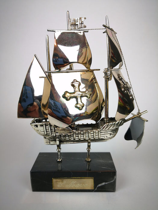 S. Maria In Solid Silver - .800 silver - Italy - Second half 20th century