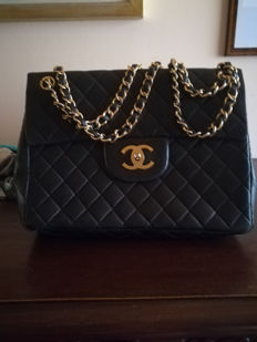aec3270bfdac28 Chanel Bags Auction - Catawiki