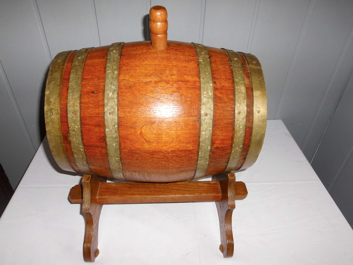 Oak wine barrel on standard, capacity 10 liters - Wood