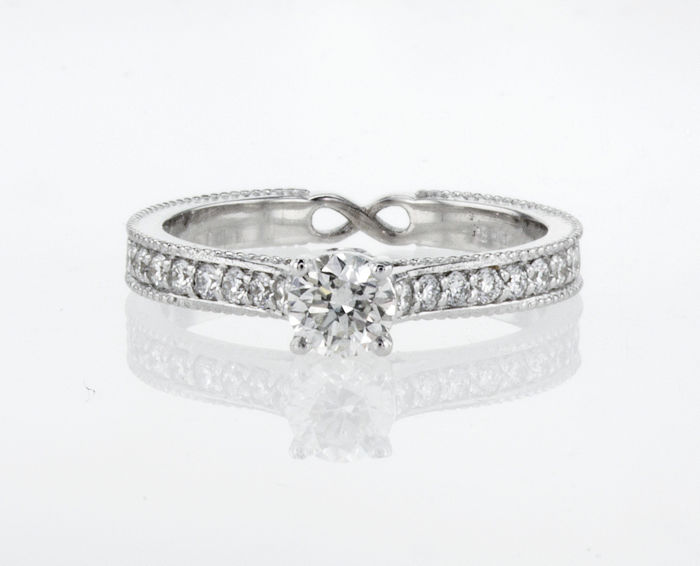 14 karaat Witgoud - Ring - 0.70 ct Diamant - F - VS2