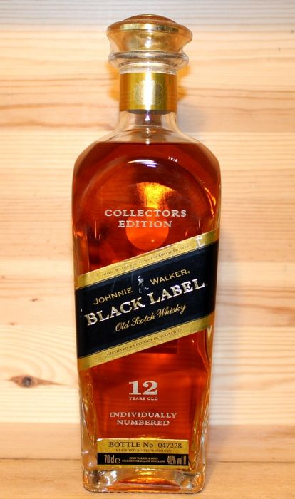 Johnnie Walker 12 years old Collectors Edition to celebrate the Millennium - 70cl