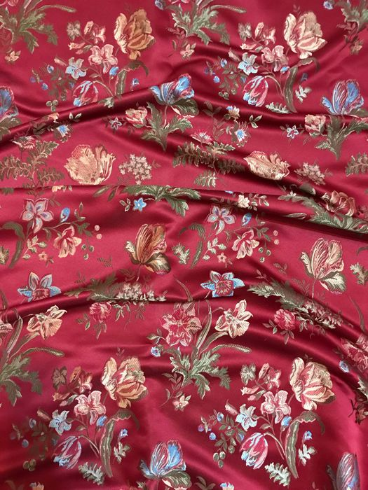 2.90 x 2.80 meters heavy dark red San Leucio damask fabric with floral decorations - Cotton, Satin