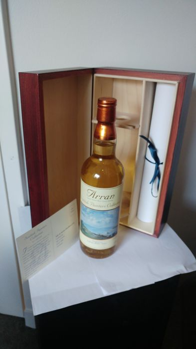 Arran Scottish Painters Collection - including painting - 700ml