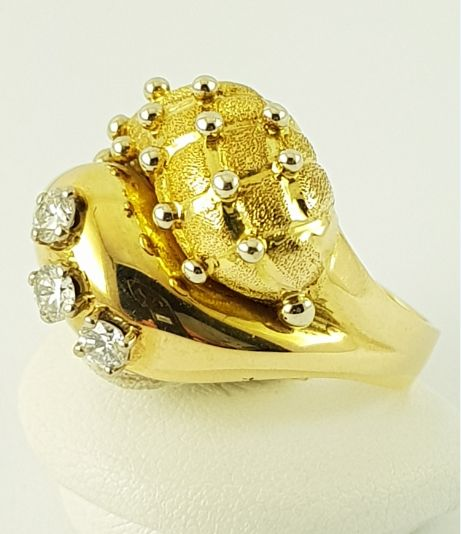 18 karaat Geel goud - Diamanten ring - 750 geel goud - 3 diamanten - 0.30 ct Diamant