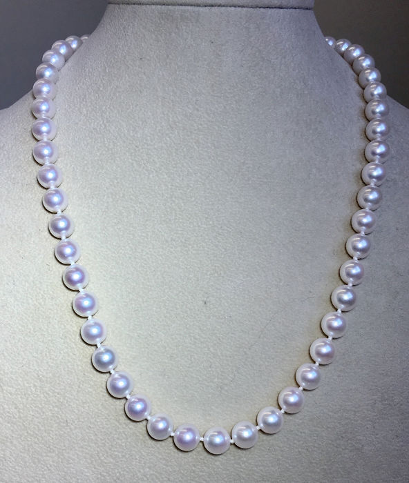 18 kt. Akoya pearls, Saltwater pearls, White gold, WG750 clasp Ø 8mm - Necklace