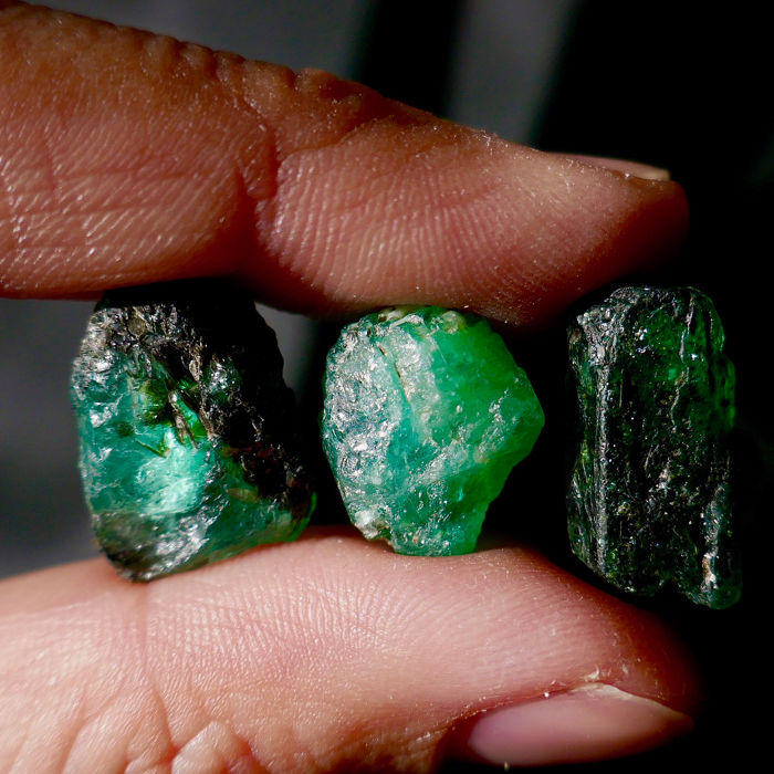 Emerald (green gem variety of beryl) Rough - 6.03 g