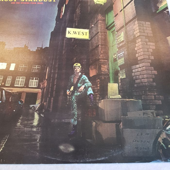 The Rise And Fall Of Ziggy Stardust    - Catawiki