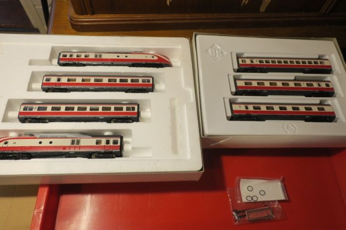 Roco H0 - 43013/43016 - Train set - 7-piece MAX Liebermann VT 11.5 met additional set - DRG