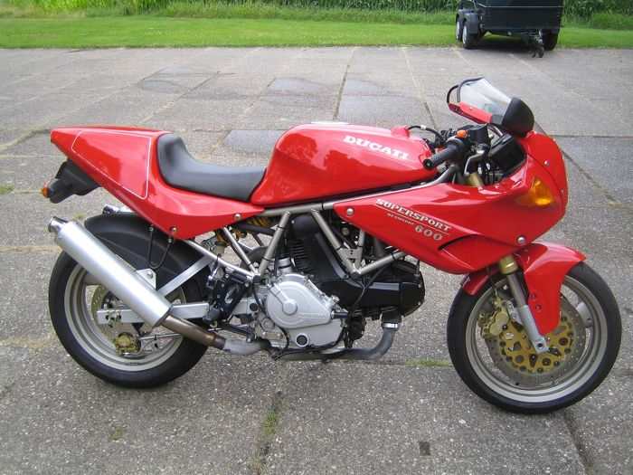 Ducati - Supersport 600 - 800 cc - 1996