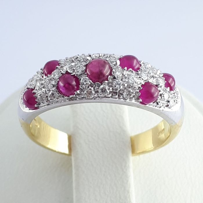 18 kt. White gold, Yellow gold - Ruby & Diamond Ring  - 0.40 ct Ruby - Diamond