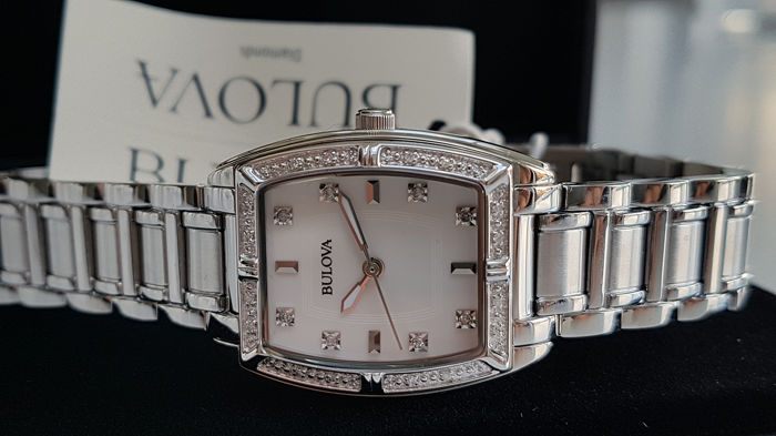 Bulova - luxury diamond  lady watch  - Damen - 2019