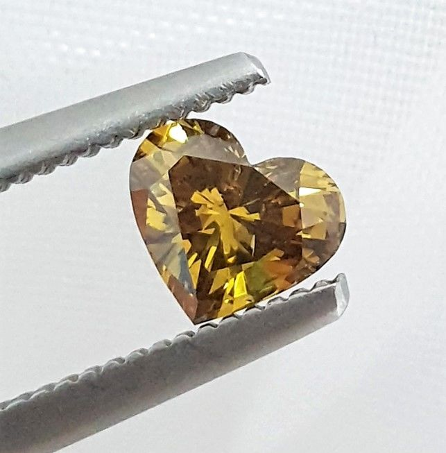 Diamant - 0.50 ct - Hart - Natural Fancy Vivid Olive - SI1