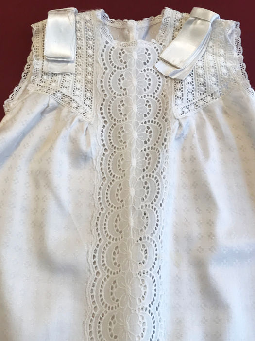Old baby dress with Swiss lace chest. - Swiss lace. Damask crepe