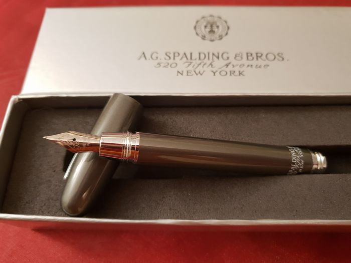 A.G.Spalding - Fountain pen - Collection of 1