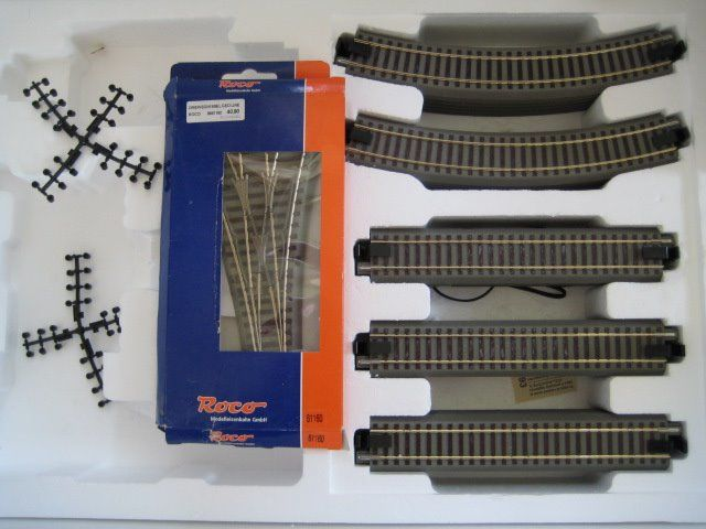 Roco H0 - 61110/61123/61160/61181/61190 - Tracks - Geoline rail oval with three-way switch