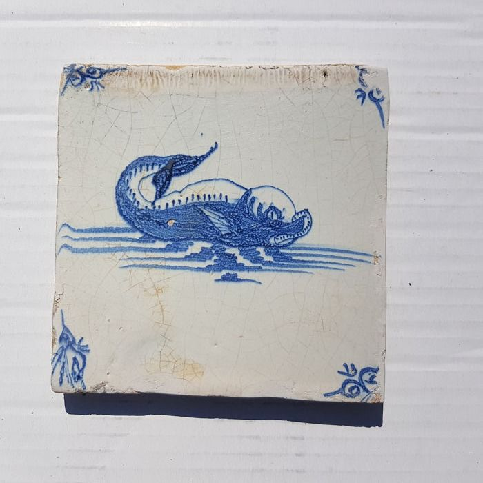 Antique tile with sea creature (1) - Earthenware