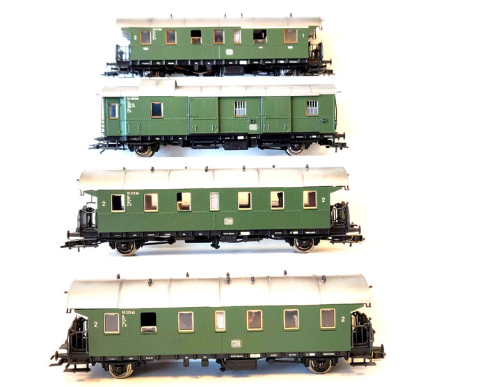 Roco H0 - 44201/44222/44211 - Passenger carriage - Four Thunder Buses - DB