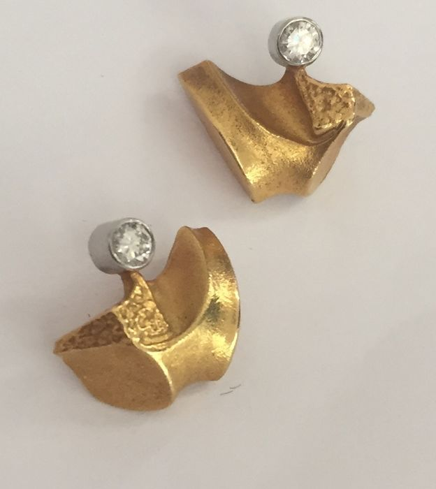 Lapponia - 18 kt. Yellow gold - Earrings - 0.05 ct Diamond