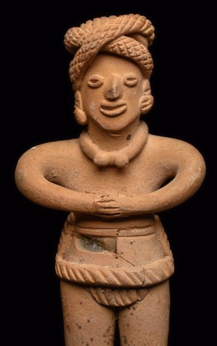 Standing figure - Pottery - Colima culture - Mexico